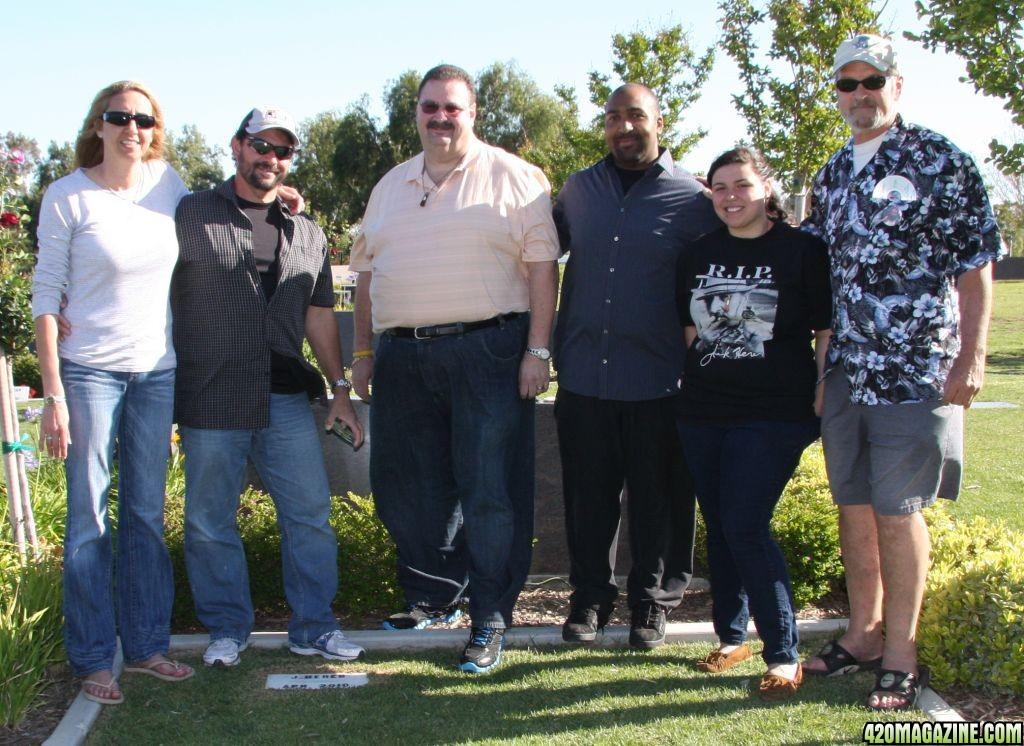 Jack-Herers-Family-4-15-2011.JPG