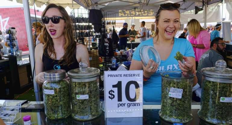 Cannabis_Cup_-_Richard_Vogel.jpg