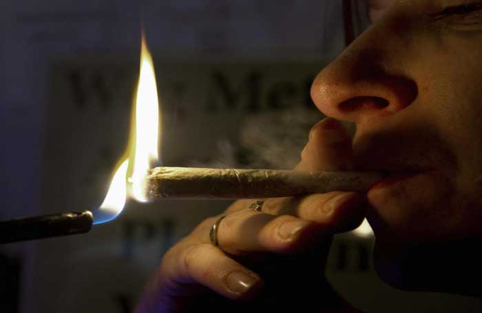 Smoking_A_Joint_-_Reuters.jpg