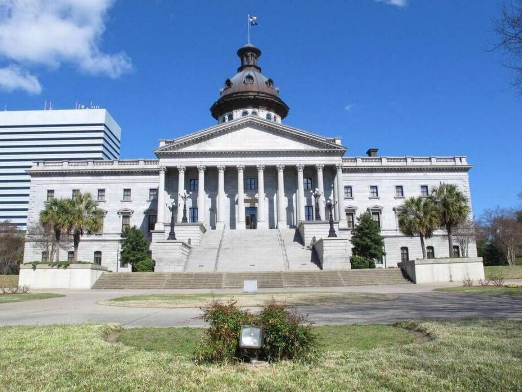 South_Carolina_Statehouse_-_AP.jpg