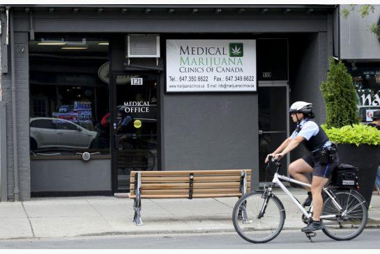 Toronto_s_first_medical_marijuana_clinic.jpg