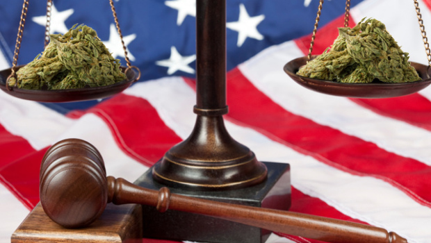 legalize_marijuana_110602_620x350.jpg
