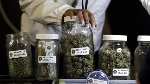 Cannabis_Jars1.jpg