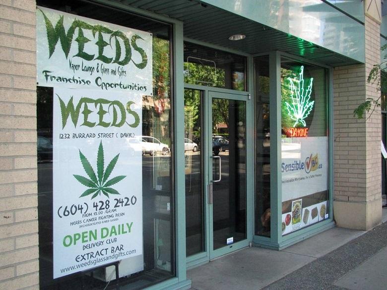 storefrontmarijuana1_131002.jpeg