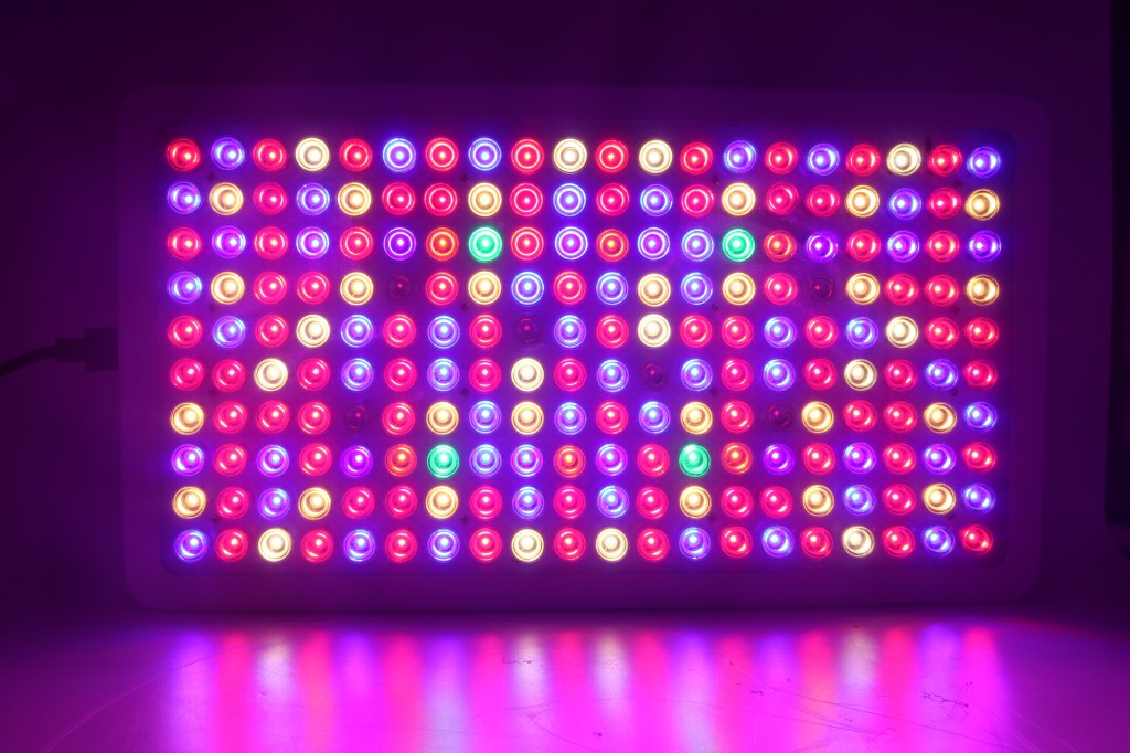 thread gs1000 1000w high power led grow light is coming. Black Bedroom Furniture Sets. Home Design Ideas