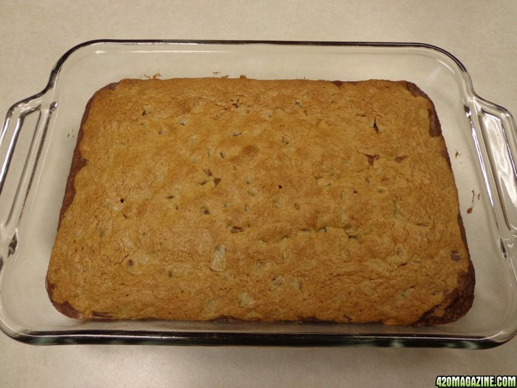 Choco_Chip_Cookie_Brownies_cooling.jpg
