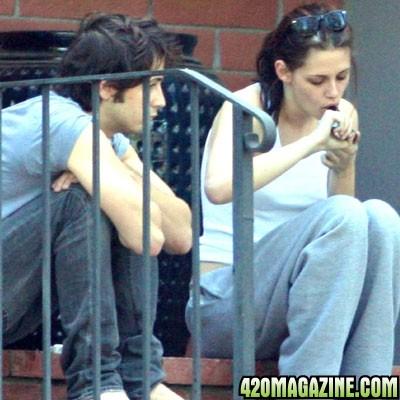 kristen-stewart-smoking-pot-1 jpg Kristen Stewart