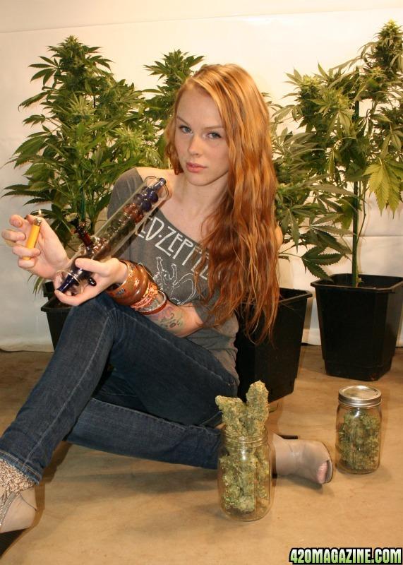420 Girl Erica - 420 Magazine Photo Gallery