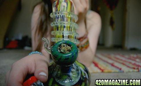 Marijuana_Girl91.jpg