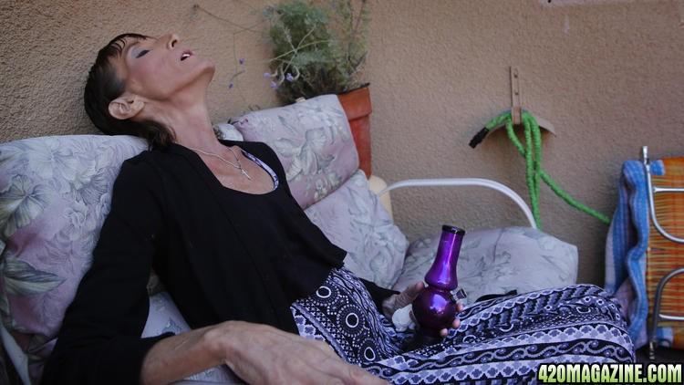 Sick_smoker1.jpg