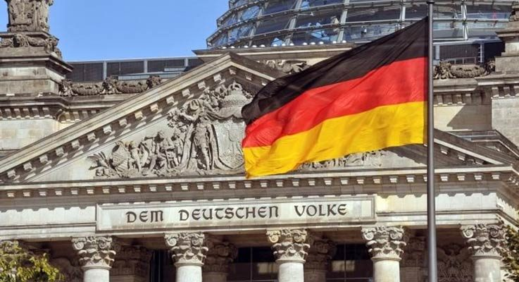German_flag_flying-HP-iStock