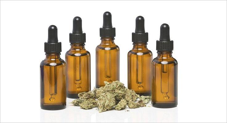 iStock_Cannabis-Oil11